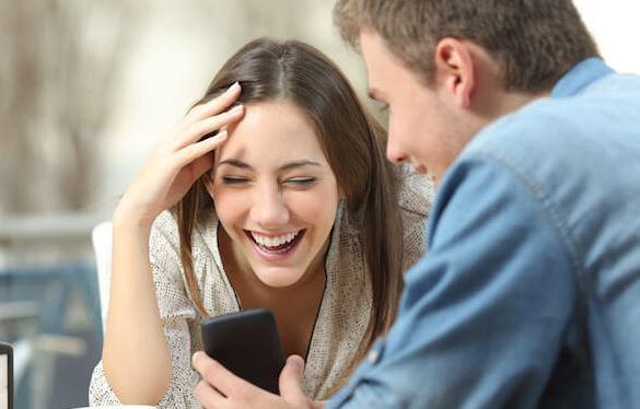 Kepribadian Seseorang dari cara tertawa