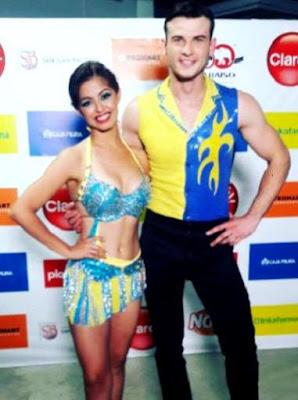 Foto de Alexander Kobzar posando con su bailarina