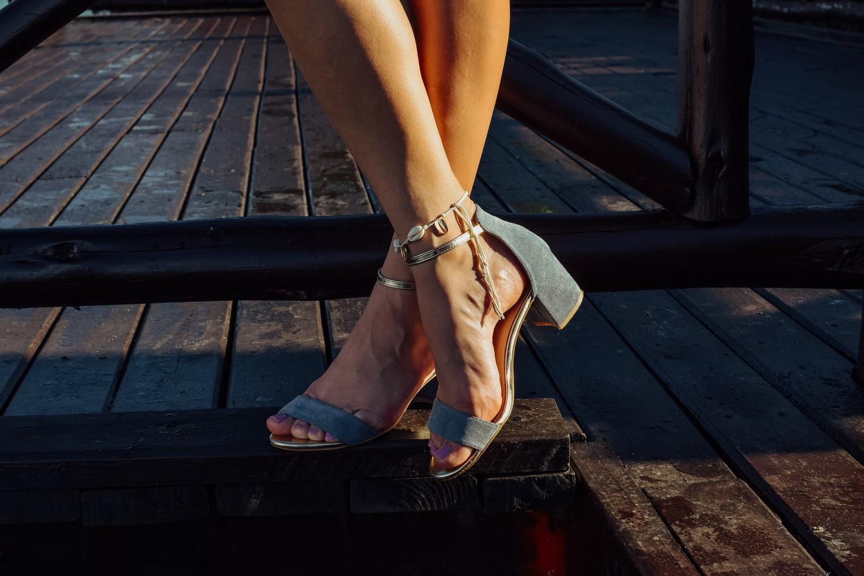 Błękitne sandały kupbuty.com