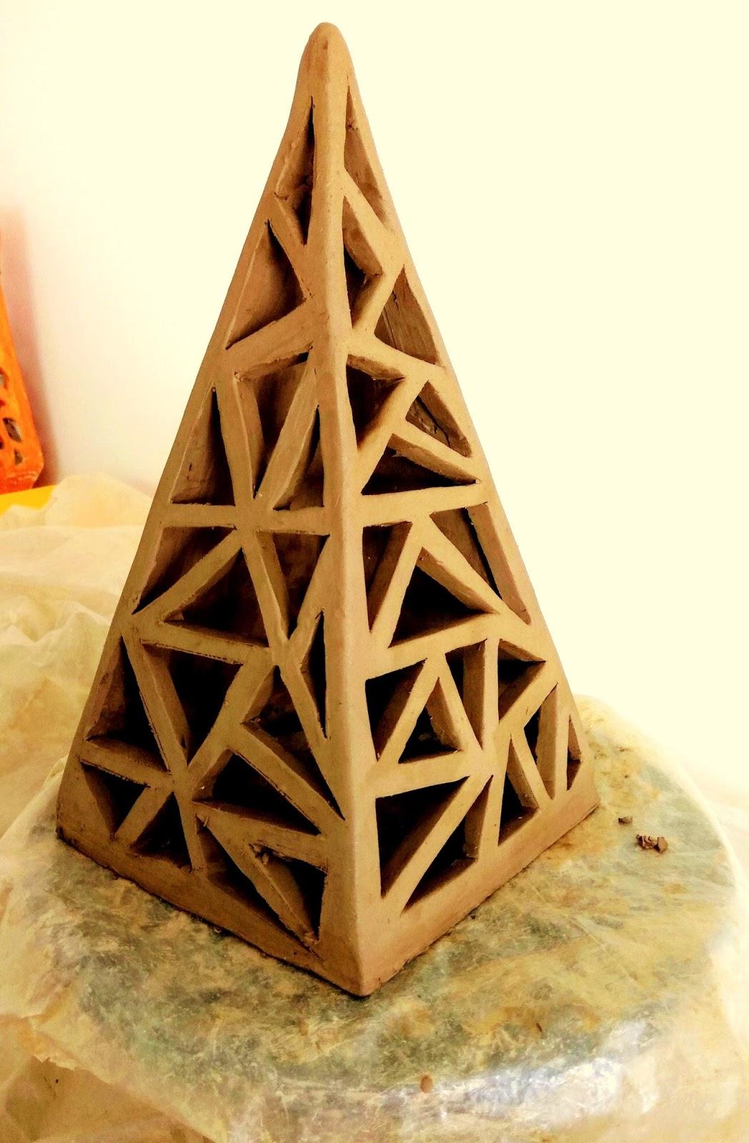 clay pyramid lamp