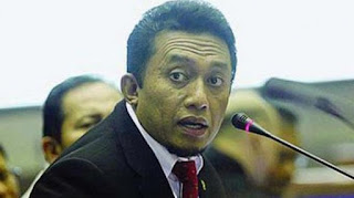 Tifatul Sembiring Minta Arief Poyuono Tak Adu Domba Jokowi dengan Anies Baswedan