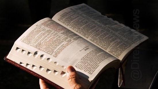 justica suspende lei pena presos biblia