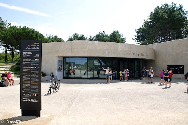 Lo spazio espositivo della Maison de Megalithes di Carnac