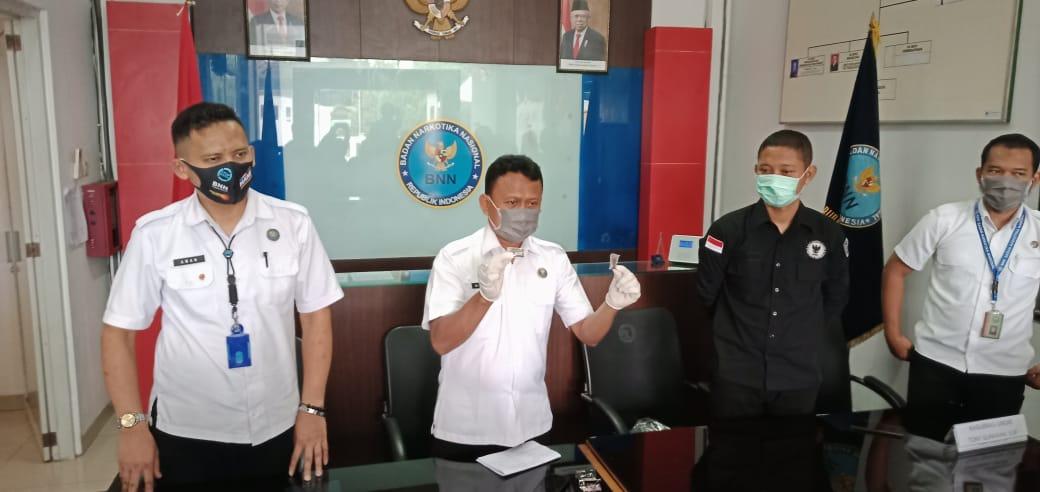 Miliki 2 Paket Ganja, BNN Purbalingga Tangkap 2 ABG di Jalan Raya Kejobong – Banjarnegara