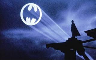 Resultado de imagem para Batman foco de luz