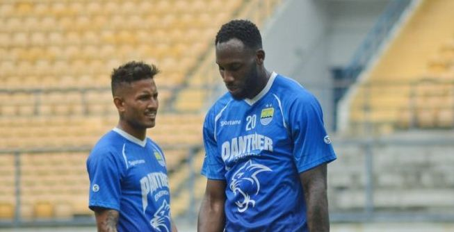 Pelatih Persib Pastikan Rekrut Wander Luiz dan Geoffrey Castillion