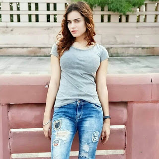 Priya Sachan as Dolly