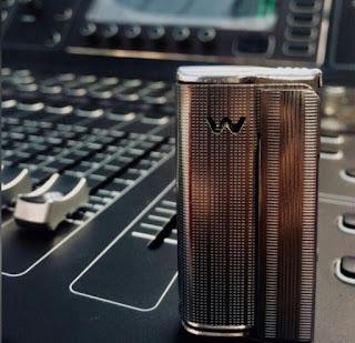 Mixer audio bekas