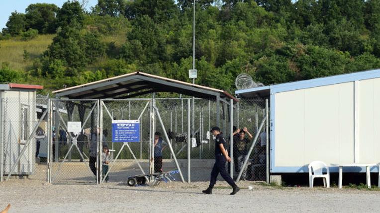Χωρίς διαγνωστικά τεστ για κορωνοϊο οι μεταγωγές μεταναστών στο ΠΡΟΚΕΚΑ Φυλακίου Ορεστιάδας