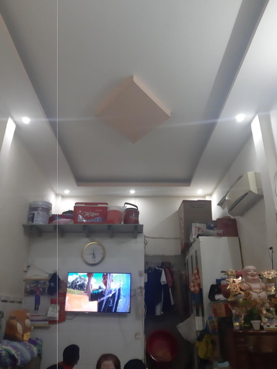 Bán nhà hẻm 198 Nguyễn Sơn quận Tân Phú giá rẻ 2020