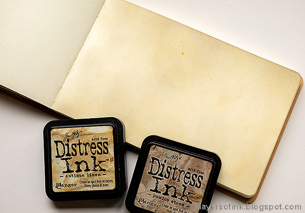 Layers of ink - Stenciled Circle Background Art Journal Tutorial by Anna-Karin Evaldsson. Ink the background with Distress Ink.