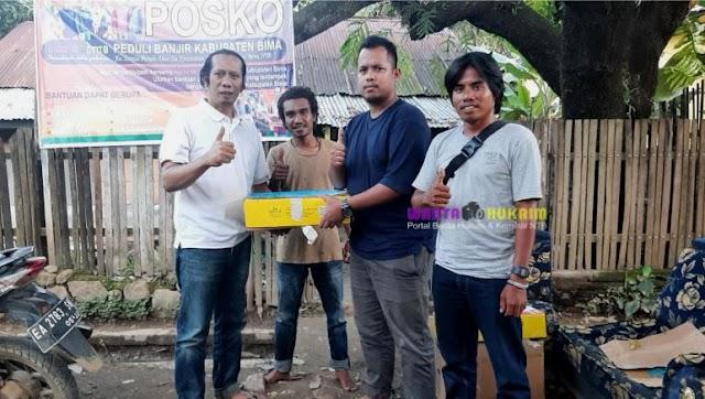 Jelang Ramadhan, Robiansyah Salurkan Bantuan Kurma untuk Korban Banjir