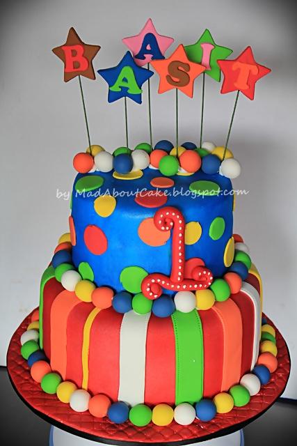 Mad About Cake November 2012 Birthday Cake