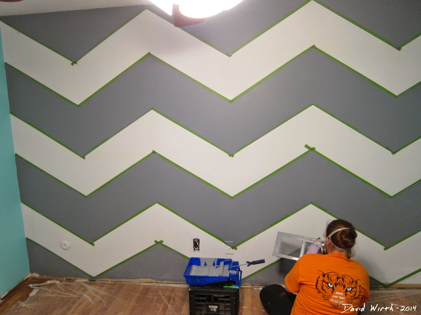 one day wall paint, paint design, pattern, grid, geometric