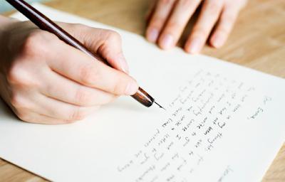 Kali ini admin akan membagikan materi tentang surat pribadi dalam pembelajaran bahasa Ind Langkah-Langkah Menulis Surat Pribadi dengan Baik | Komposisi, Isi, dan Bahasa