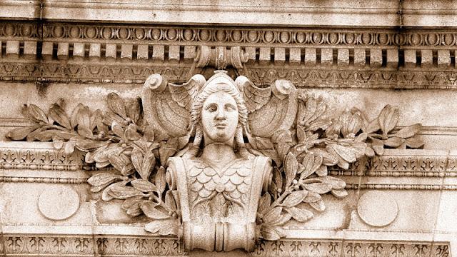 Queen Victoria Ornamentation