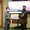 Wako AJB Terima Piagam WTP Dari Menteri Keuangan RI