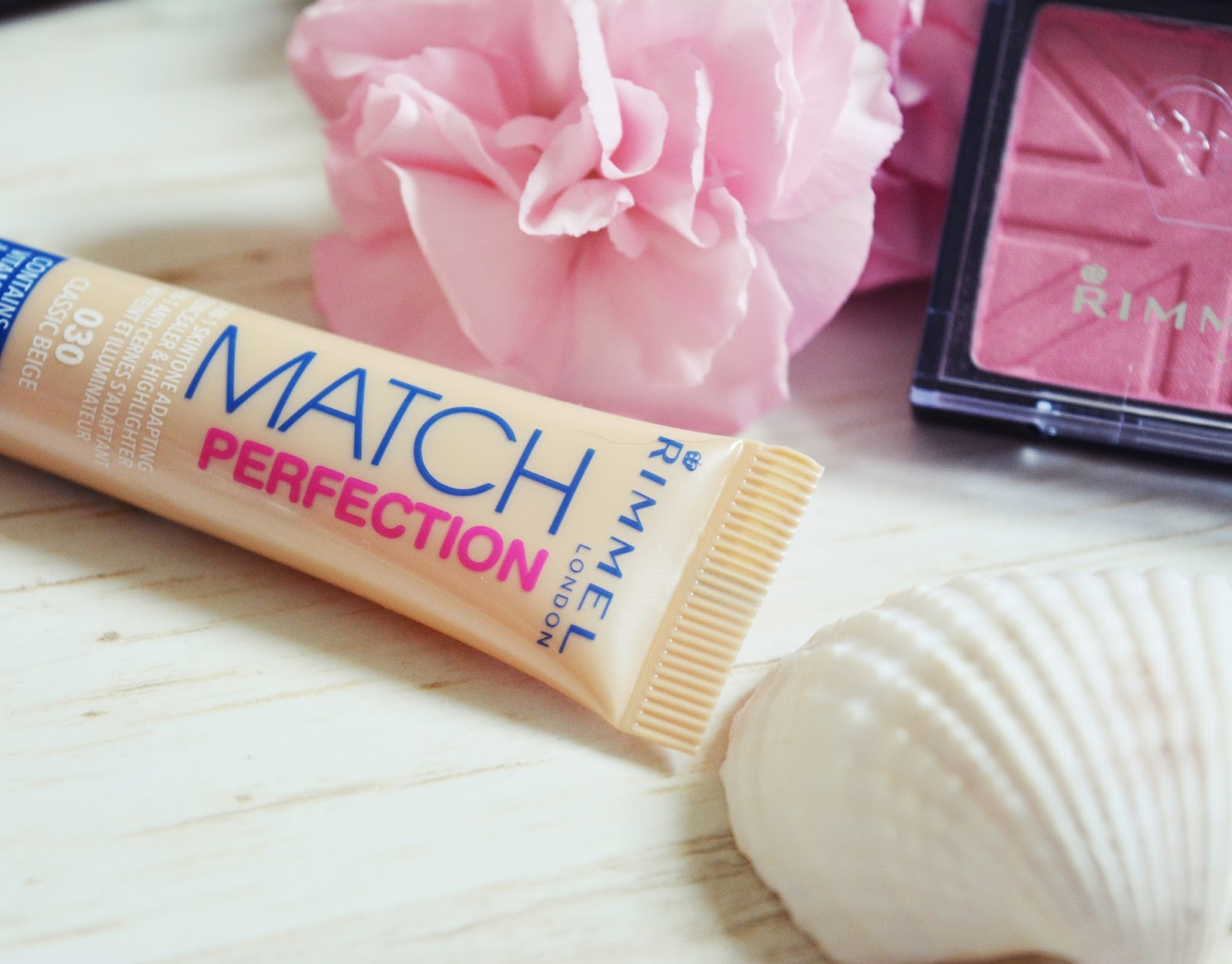 korektor rimmel match perfection