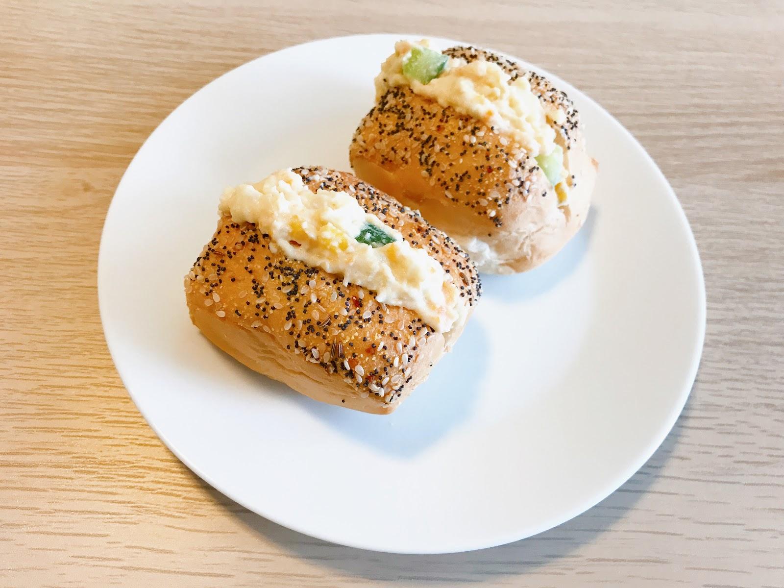 楊草莓的超級流水帳 ☆ Micoberry's Field: [COOK 食譜] Costco餐包簡單做馬鈴薯蛋沙拉麵包~