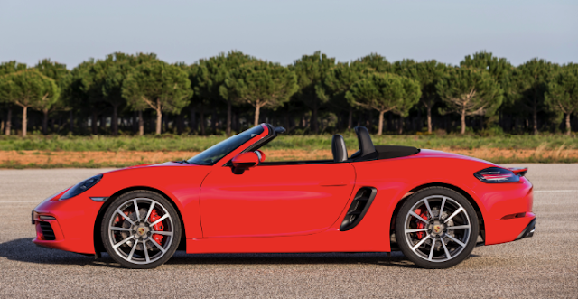 2019 Porsche 718 Boxster S Review