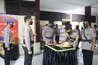 Kapolres AKBP Kadarislam Pimpin Setijab Empat Pejabat Polres Pelabuhan Makassar
