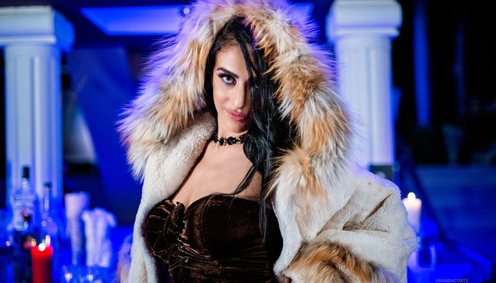 AmandaConte Model GlamourCams