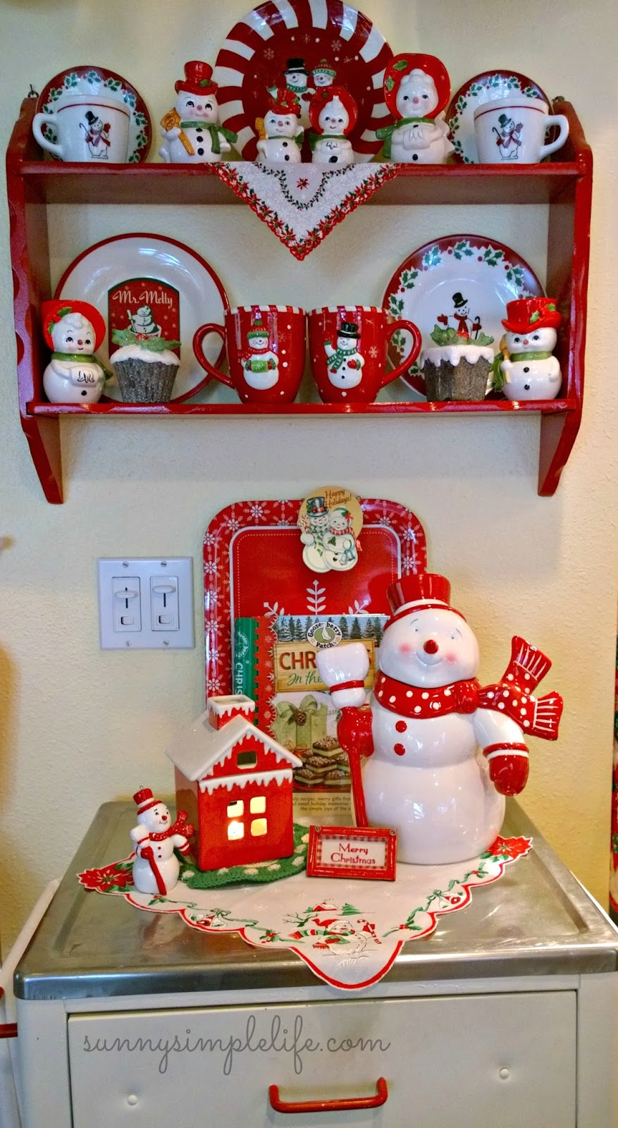 Christmas shelf, Cozy Christmas decor, snowman collection