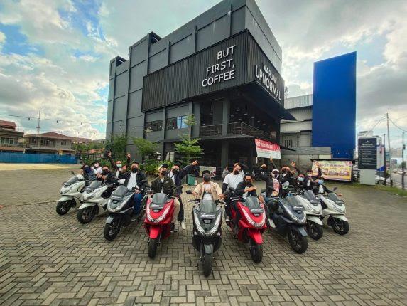 Astra Motor Kalbar Adakan Ngebuburide Bersama MC Kota Pontianak Dengan PCX160