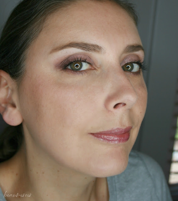 wearing jordana cosmic glow holographic lip gloss iridescent purple 06 motd fotd