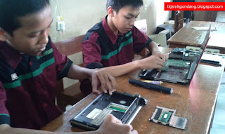 Perakitan Laptop/Netbook TKJ SMK Gondang Pekalongan