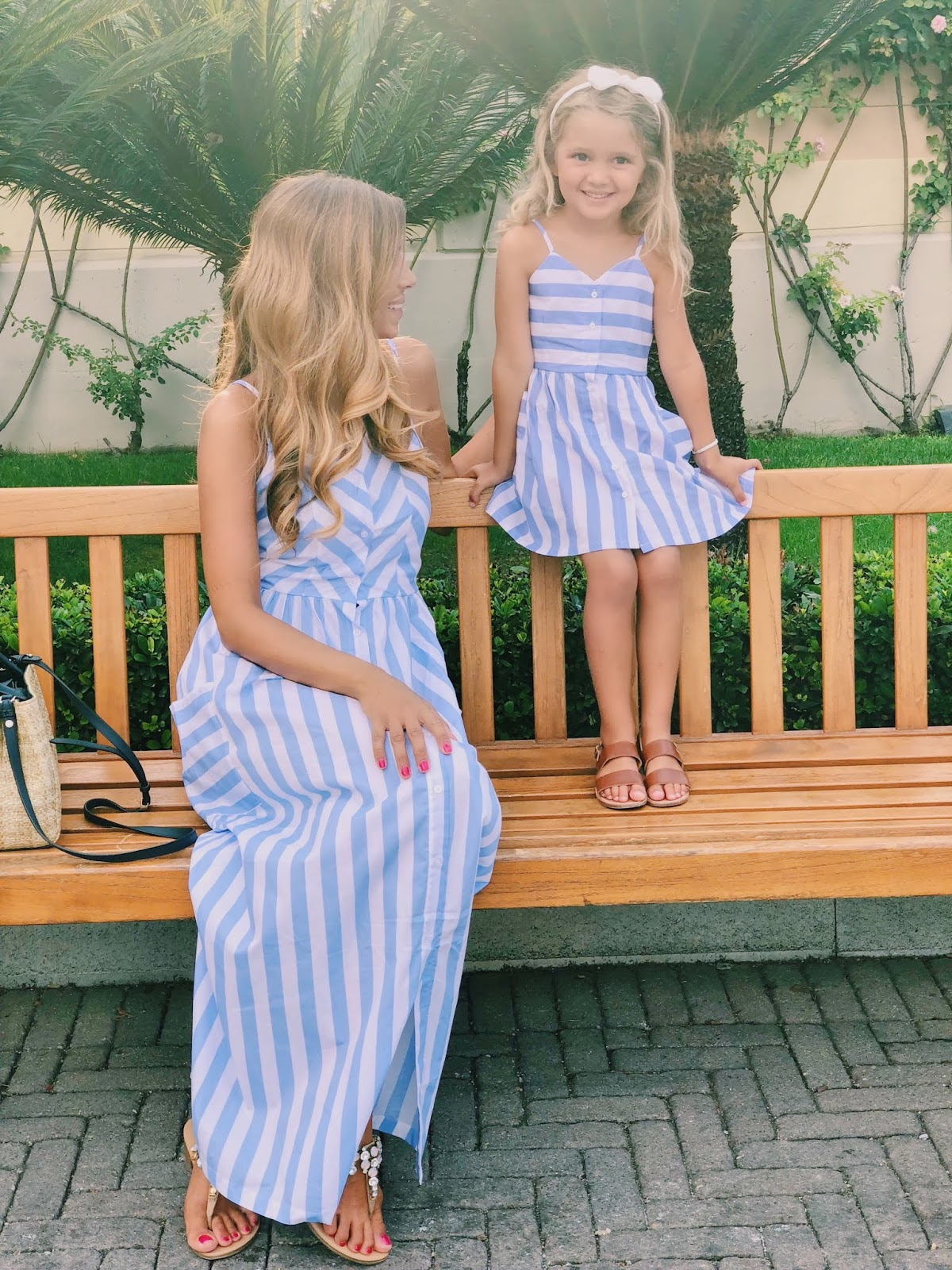matchy outfits for mum and girl