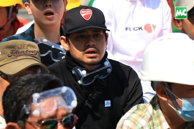မြင့်မြတ်၊ ရာဇာနေဝင်း တို့ပါဝင်တဲ့ အထိုင်သပိတ် ဖြိုခွဲခံရ