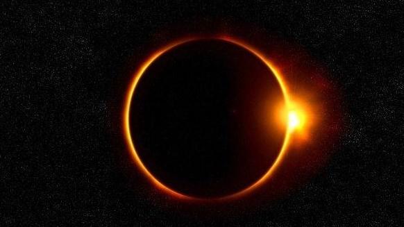 Tuntunan Shalat Gerhana Matahari Lengkap Dari Niat Hingga Bacaannya