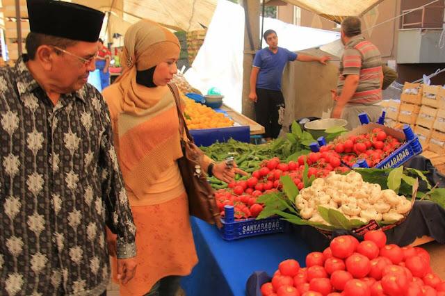 Pasar tradisional di Turki
