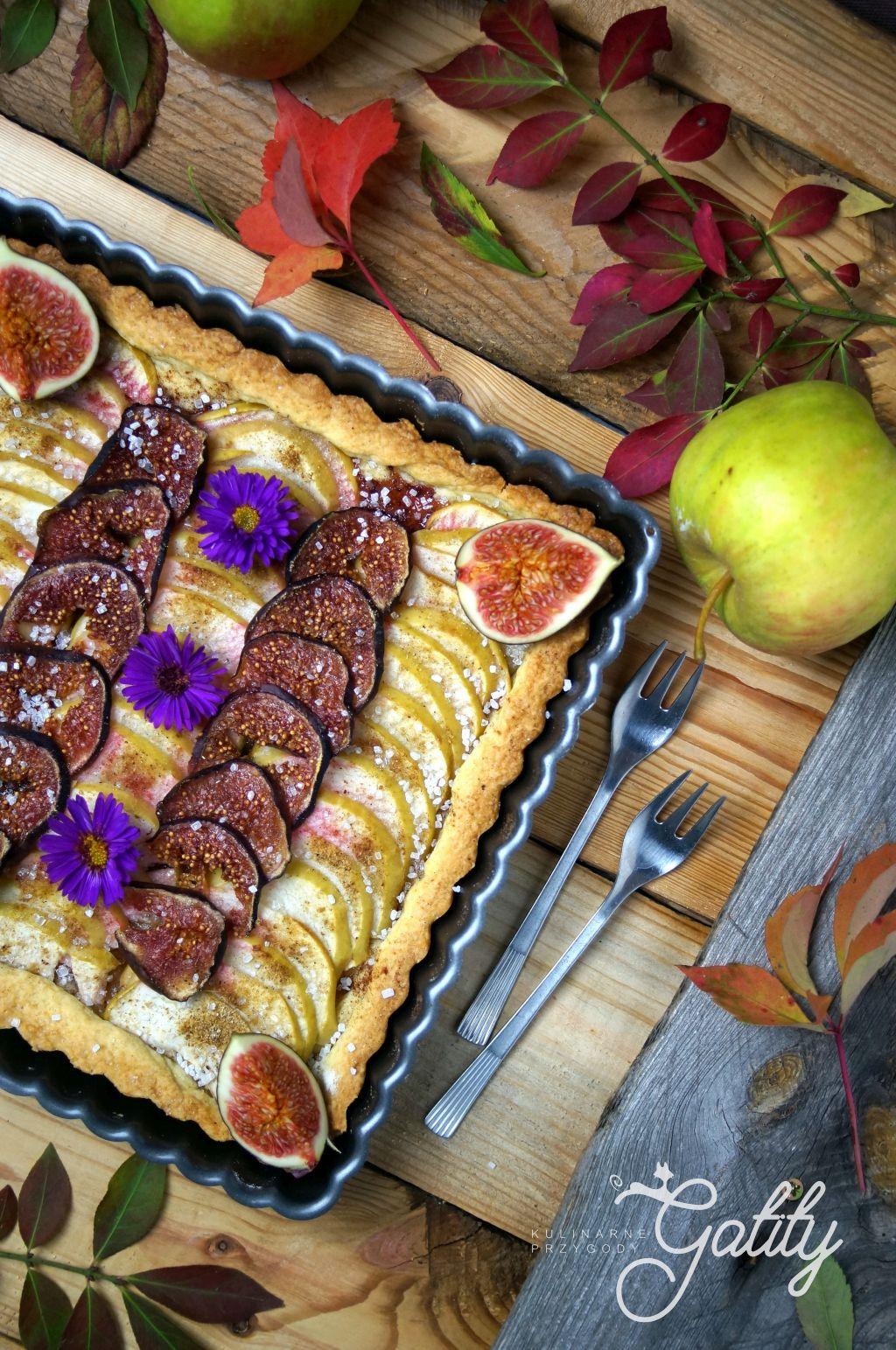ciasto-z-jablkiem-i-figami