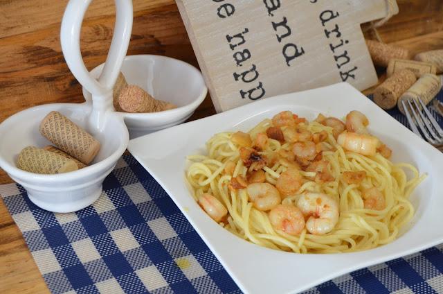 como hacer espaguetis con gambas al ajillo, espaguetis con gambas al ajillo, receta espaguetis con gambas al ajillo, receta spaghetti con gambas al ajillo, spaghetti con gambas al ajillo, las delicias de mayte,