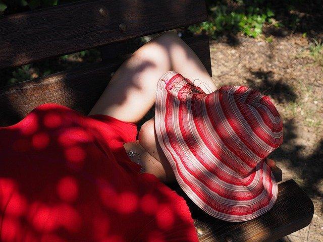 Penyebab ngantuk saat hamil muda