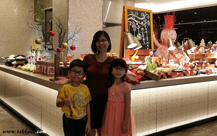 Cheap Best Christmas Buffet Dinner at Double Tree Melaka
