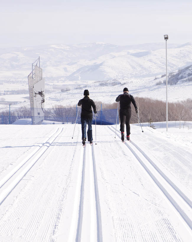 snowshoeing | snowshoe | soldier hollow | winter sports | winter activities for families