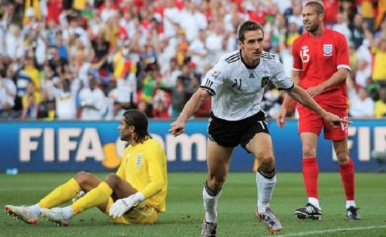 Klose đã cố gắng thử vai trò HLV.