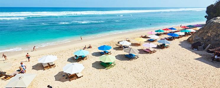Pantai Melasti Bali Pantai Berdinding Kapur Yang Wajib