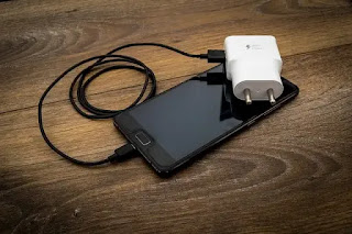 How to Convert Any Phone into a Powerbank
