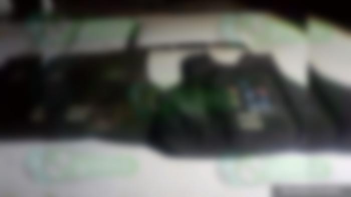 Elementos de la SEDENA y policía estatal aseguran droga con las siglas del CJNG, ropa táctica y troca robada, en Tangamandapio