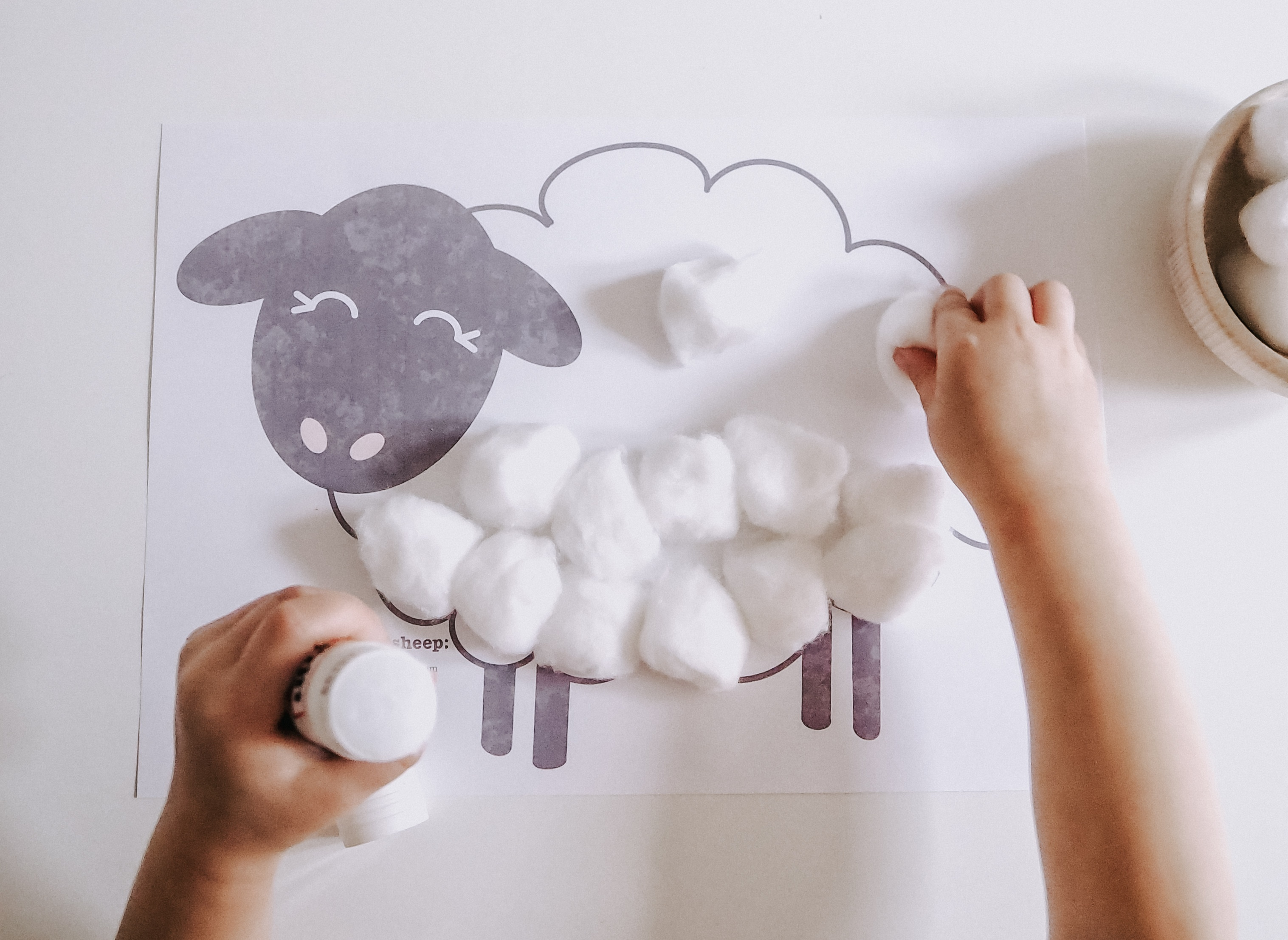 Free Sheep sticking activity pritable