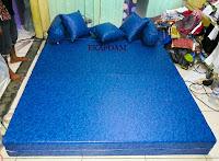 sofa bed inoac sarung tahan air / spon