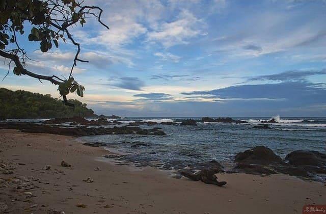 Pantai Wedi Ombo, Hidden Paradise Buat Menyendiri