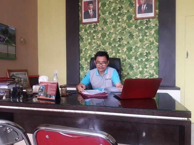 Atas Intruksi Camat, Desa Se Kecamatan Jatitujuh Kompak Pasang Spanduk APBDes Lengkap