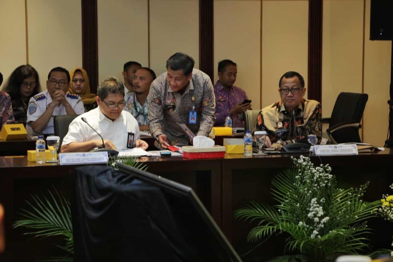 Terungkap! Ternyata Ini Alasan Jokowi Izinkan Pihak Asing Keruk Harta Karun di Bawah Lautan Indonesia