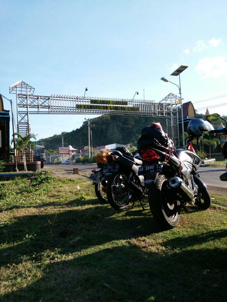 Gapura Selamat Datang di Lombok