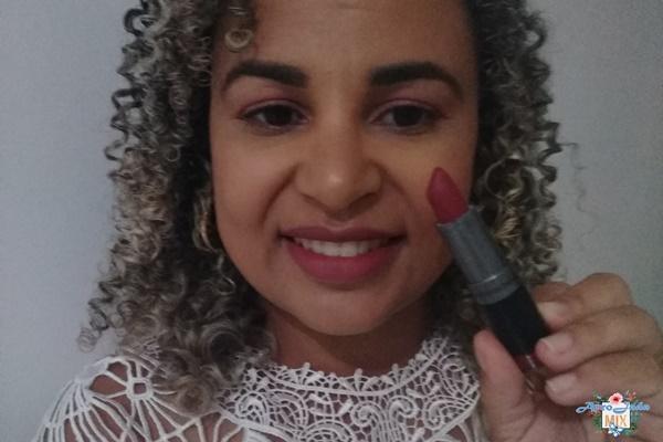 Resenha - Batom Vinho Diva Facinatus